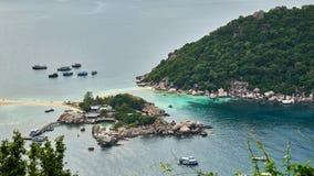 Pequeña isla cerca de Ko Tao foto de archivo libre de regalías