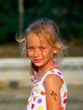 Pequeña muchacha cristiana Imagenes de archivo