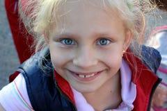 Pequeña muchacha de la belleza Fotografía de archivo