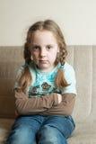 Pequeña muchacha enojada Imagenes de archivo