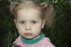 Pequeña muchacha rubia Imágenes de archivo libres de regalías