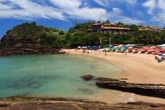 Pequeña playa pacífica Ferradurinha en Buzios, el Brasil Fotos de archivo libres de regalías