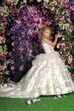 Pequeña princesa en el vestido blanco Fotos de archivo libres de regalías