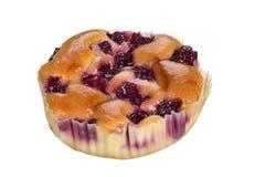 Pequeña torta con las cerezas Fotografía de archivo