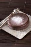 Pequeña torta de chocolate Imágenes de archivo libres de regalías