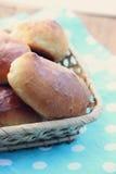 Pequeñas empanadas hechas en casa Imagen de archivo libre de regalías