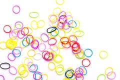 Pequeñas gomas coloridas redondas para las pulseras del telar Imagen de archivo
