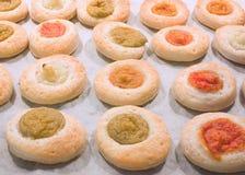 Pequeñas pizzas de los pasteles Fotos de archivo libres de regalías