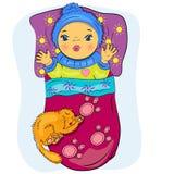 Pequeño bebé de la historieta en cama con el gato Fotografía de archivo libre de regalías