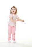 Pequeño bebé juguetón foto de archivo libre de regalías