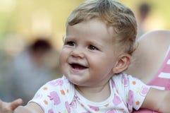Pequeño bebé lindo foto de archivo libre de regalías