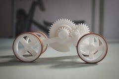 Pequeño coche en el espacio de Ventura Lambrate durante la semana de Milan Design imagen de archivo libre de regalías