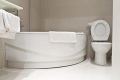 Pequeño cuarto de baño Foto de archivo libre de regalías