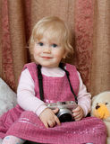 Pequeño fotógrafo del bebé Imagenes de archivo