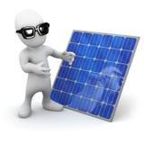 pequeño hombre 3d al lado de un panel solar Imágenes de archivo libres de regalías