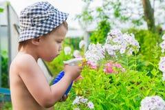 Pequeño jardinero Imagenes de archivo