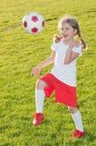 Pequeño jugador de fútbol Imagenes de archivo