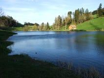 Pequeño lago artificial Wenigerweier imagen de archivo