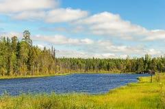 Pequeño lago del bosque en Karelia Fotografía de archivo libre de regalías