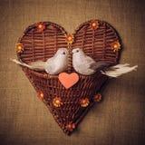 Pequeño pájaro dos los amantes, corazón Fotos de archivo