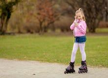 Pequeño patinador Fotos de archivo