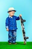 Pequeño patinador Foto de archivo libre de regalías