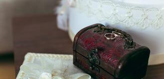 Pequeño pecho hermoso para una boda fotografía de archivo libre de regalías
