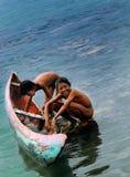 Pequeño pescador In Sebesi Island imagenes de archivo