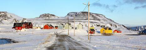 Pequeño pueblo en el condado del marco finlandés, Noruega Fotografía de archivo libre de regalías