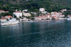 Pequeño pueblo en Montenegro Fotografía de archivo