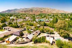Pequeño pueblo en Tayikistán imagenes de archivo