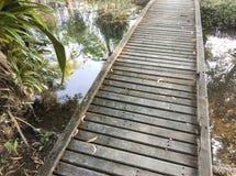 Pequeño puente de madera Foto de archivo libre de regalías