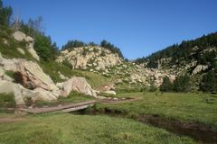 Pequeño puente de madera Fotografía de archivo libre de regalías