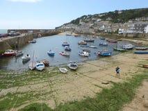 Pequeño puerto pesquero en Inglaterra Imagen de archivo libre de regalías