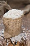 Pequeño saco con arroz Foto de archivo libre de regalías