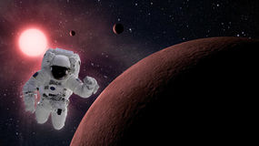 Pequeño sistema planetario con el astronauta en espacio Foto de archivo libre de regalías