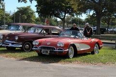 Pequeño sportscar rojo viejo clásico Imagen de archivo libre de regalías