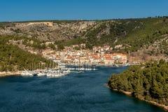 Pequeño tawn en la costa adriática Skradin, Croacia fotos de archivo libres de regalías