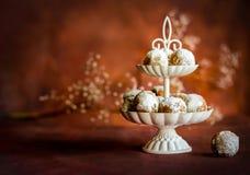 Pequeños anillos de espuma hechos en casa Imagen de archivo