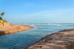 Pequeños bahía y canal Foto de archivo libre de regalías