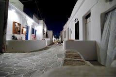 Pequeños callejones en la isla de Folegandros, Grecia Fotos de archivo libres de regalías
