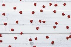 Pequeños corazones rojos Foto de archivo libre de regalías