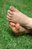 Pequeños pies Fotografía de archivo libre de regalías