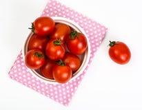 Pequeños tomates rojos Fotografía de archivo