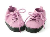 Pequeños zapatos rosados Fotos de archivo libres de regalías