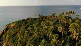 Peque?a isla de Koh Ma de la opini?n a?rea del abej?n, Ko Phangan Tailandia Paisaje panor?mico de la costa ex?tica, playa de Mae  metrajes