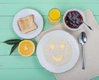 Pequeno almoço alegre Foto de Stock Royalty Free