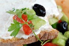 Pequeno almoço claro e delicioso Fotos de Stock Royalty Free