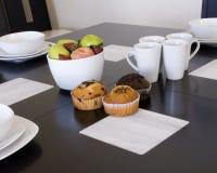 Pequeno almoço com queques Imagem de Stock