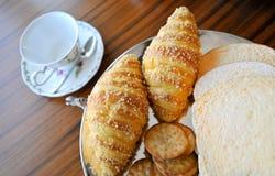 Pequeno almoço do pão Fotos de Stock Royalty Free